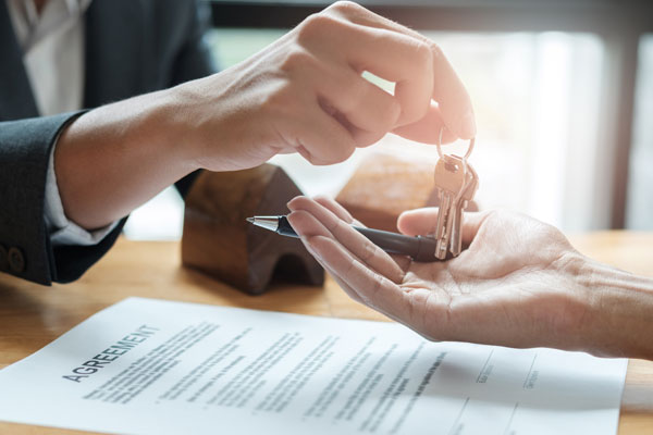 D|R Law Title & Closing Services for buyers, sellers and lenders